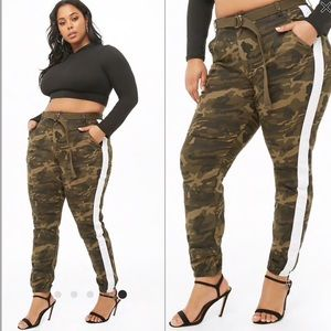 Plus size Belted Striped Camo pants